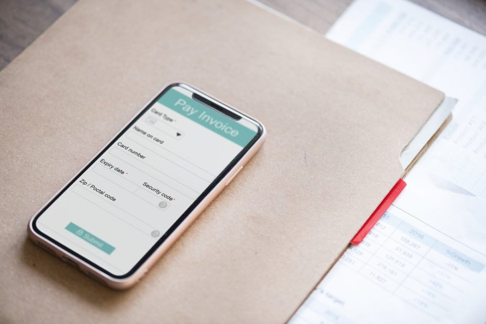 Can your business benefit from invoicing through an app?